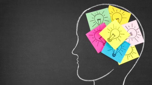 """Як навчити свій мозок виробляти більше """"щасливих"""" хімічних речовин?"""